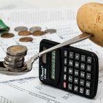 食費と支出を比べる電卓