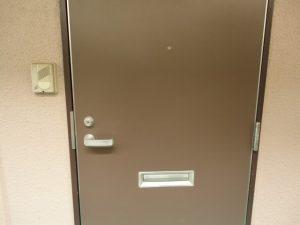 ワンルームのドア