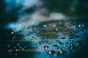 雨と物干し竿