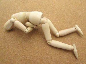 体の不調を表した人形