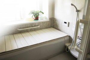 きれいな白いお風呂