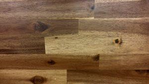 木目調のフローリング