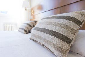 ボーダーの枕2つ
