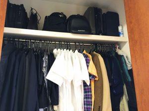衣類を収納するクローゼット