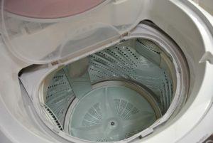 浴衣を洗う洗濯機