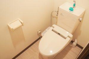 タンクもキレイなトイレ